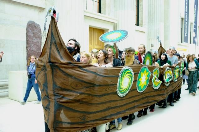 Viking-longship-in-British-Museum-2-by-Hugh-Warwick